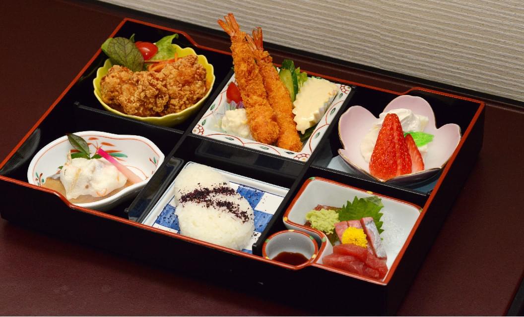 洋食の画像